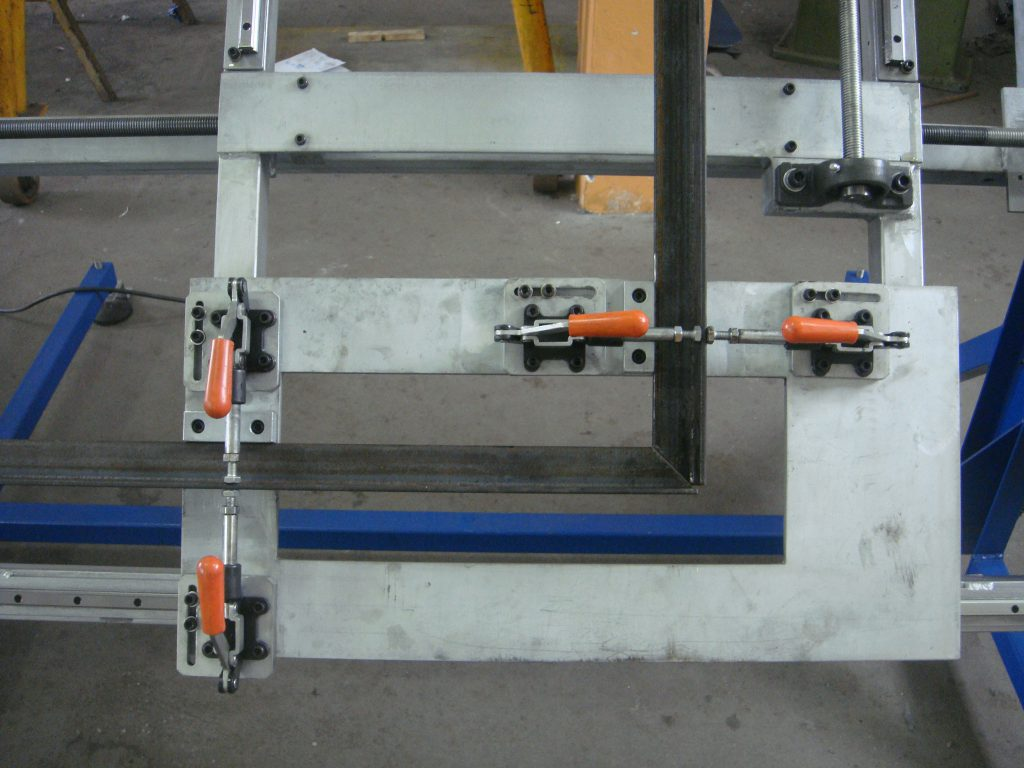 2463 - Posicionador Rotativo para Solda