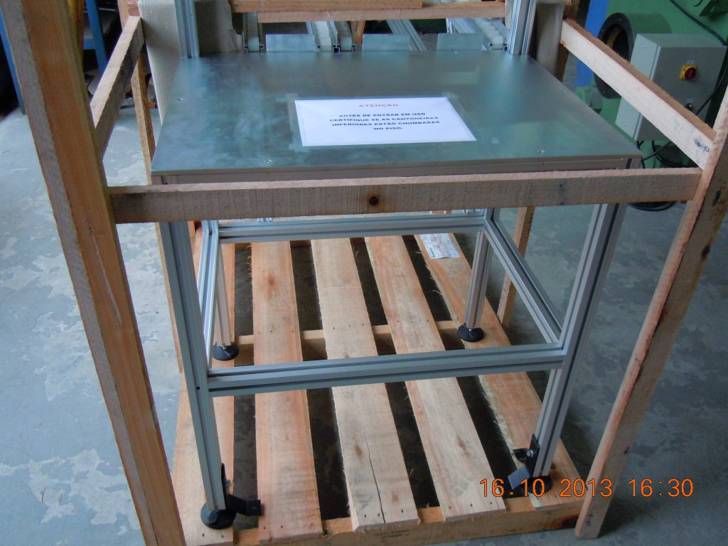 2751 - Bandaca para Montagem de Componentes